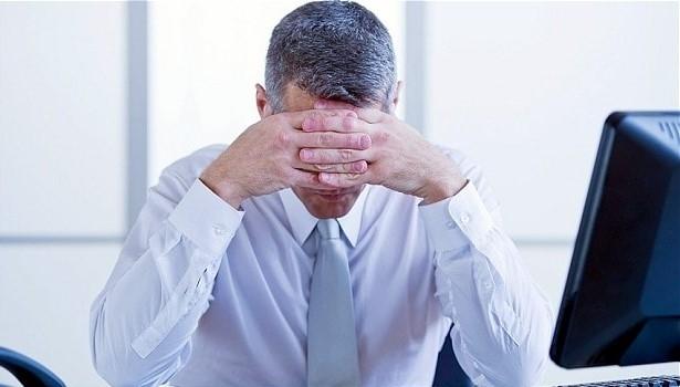 siwienie włosów a stres